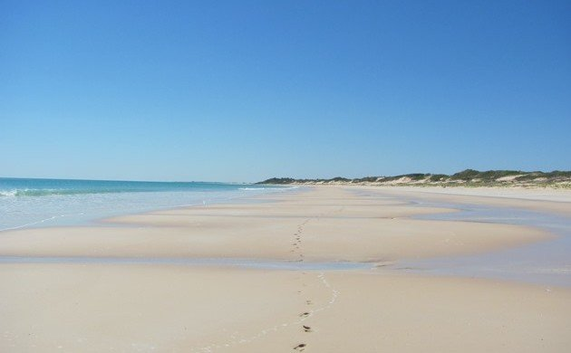 Broome's easterly winds