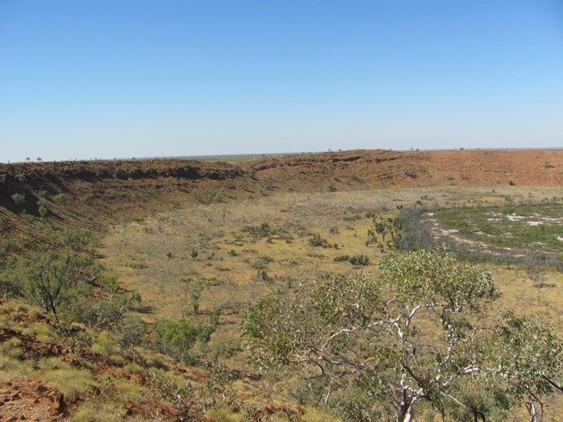 Wolfe Creek Crater (2)